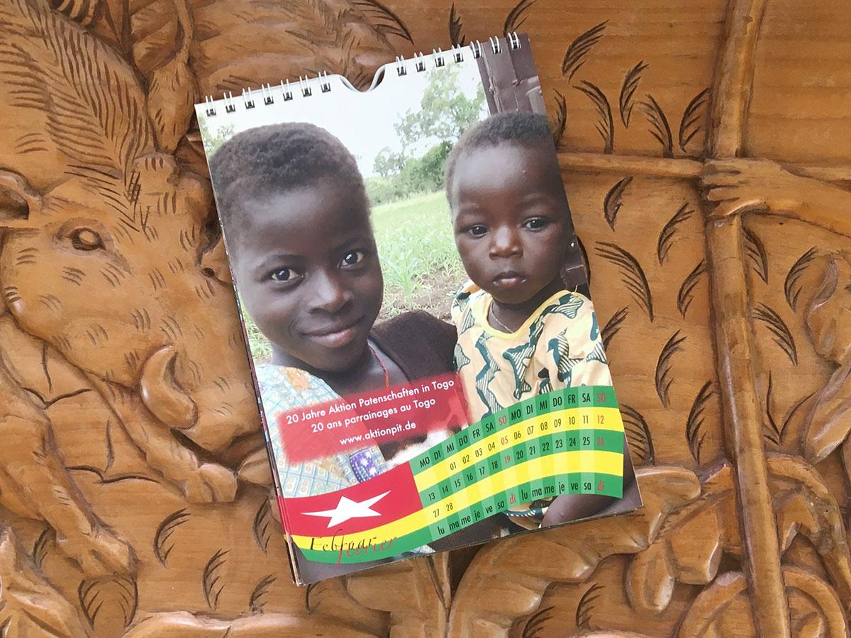 Das Feburar-Blatt des Togo-Kalenders von 2006