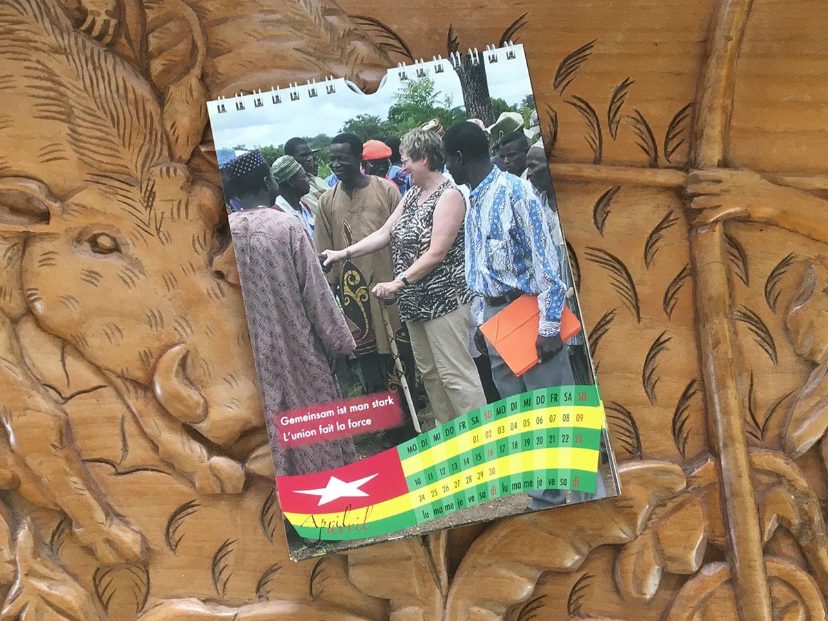 Das April-Blatt des Togo-Kalenders von 2006