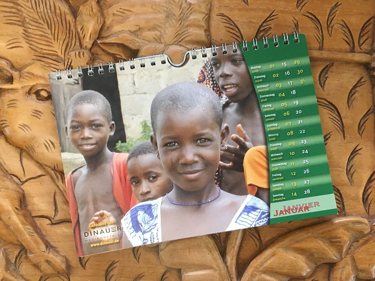 Das Januar-Blatt des Togo-Kalenders von 2007